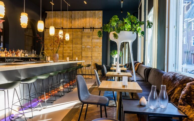 Lounge bar Simple Utrecht